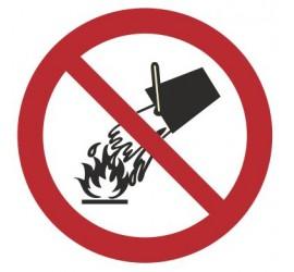 Znak zakaz gaszenia wodą (212)