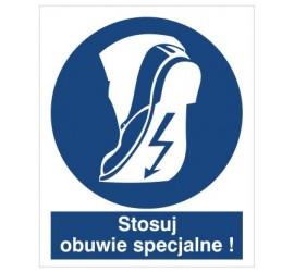 Znak stosuj obuwie specjalne (421)