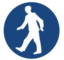 Znak nakaz przejścia w oznakowanym miejscu (412)