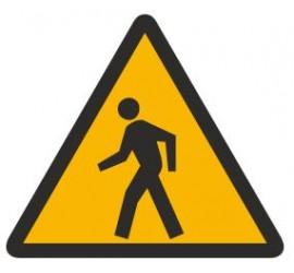 Znak ostrzeżenie przed pieszymi (338)