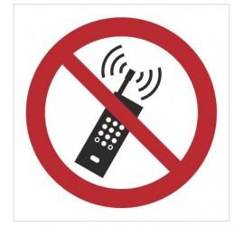 Znak zakaz używania telefonów komórkowych (P13)